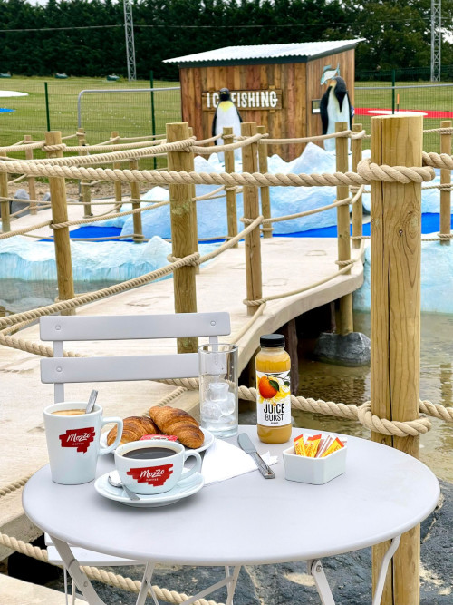 GolfPlex-Open-For-Coffee-Pastries-1