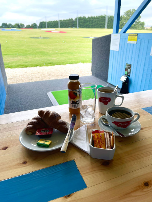 GolfPlex-Open-For-Coffee-Pastries-4